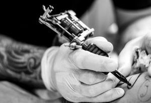 tatuatore e piercer